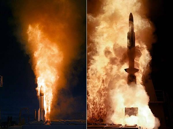 미 국방부는 미사일 방어 체제가 두 탄두 중 하나를 격추 시켰다고 기쁘게 생각한다.