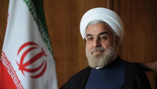 루하니, 푸틴,이란에 대한 평화적인 원자와 C-300