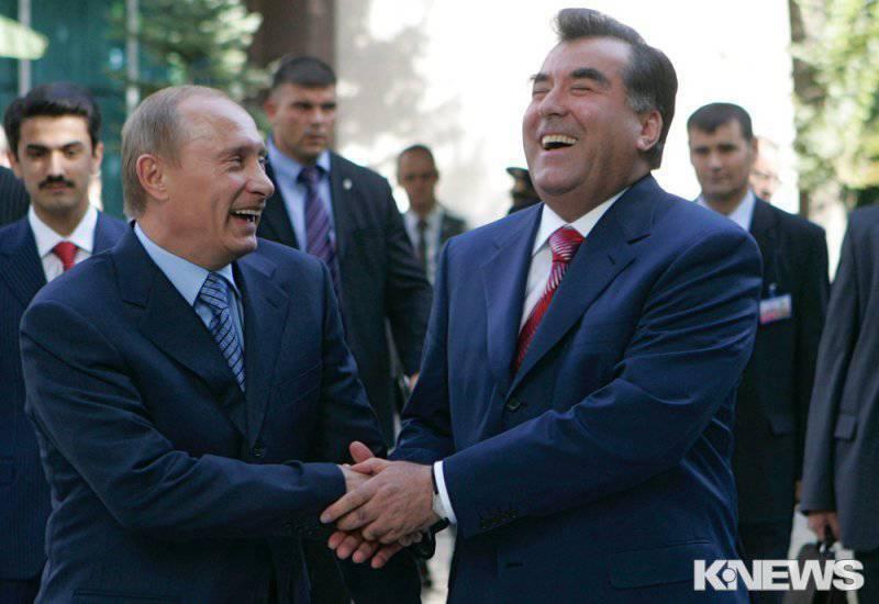 El gran maestro Emomali Rahmon, o Migrantes, petróleo y armas a cambio de la base rusa.