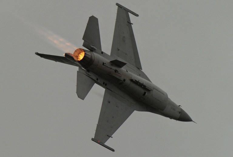 Gli americani hanno lanciato un drone realizzato con un caccia F-16