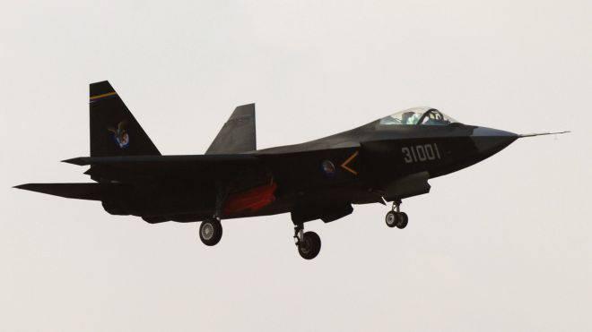 J-31 Chinese Junk es solo para exportación.