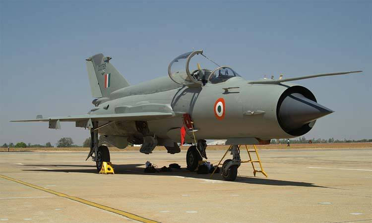 The Indian Air Force will extend the operation of the MiG-21 to 2015 year