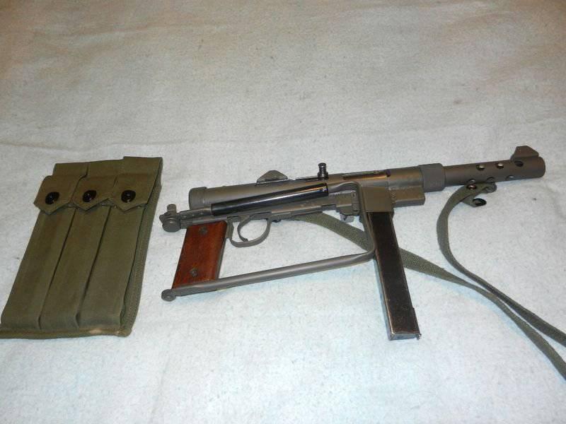 Submachine gun Carl Gustaf M45