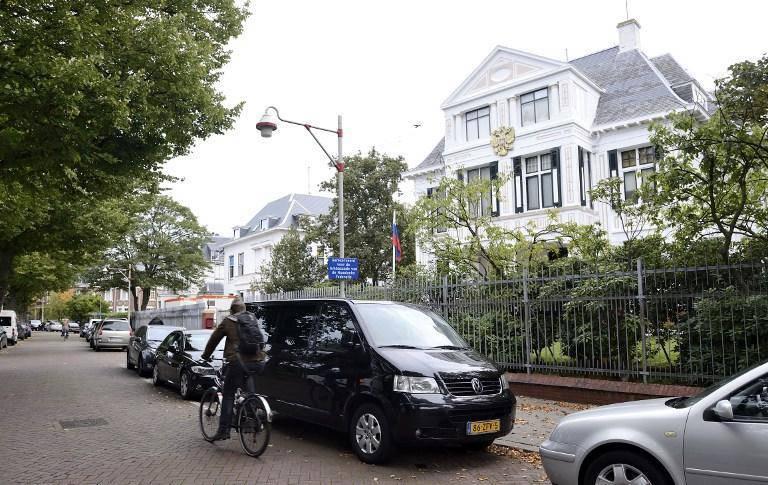 네덜란드는 러시아 외교관 구금에 대해 러시아에 사과했다.