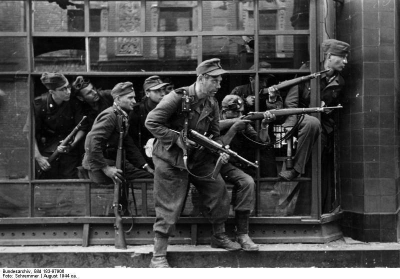 Les unités pénales des Allemands 1381462139_dirlewanger2btroops2bin2baugust2b1944