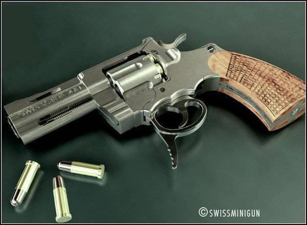 Il revolver ad azione più piccolo del mondo