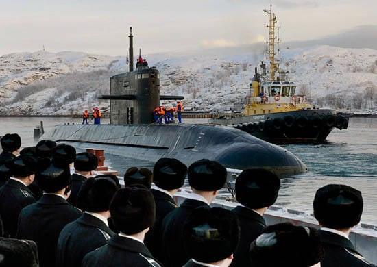 Petersburg filosu, testlere devam etmek için Kuzey Filosuna ulaştı