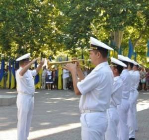 우크라이나 해군의 해군 기지가 세 바스 토폴에서 열렸습니다.