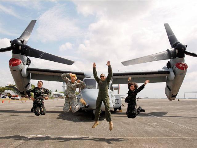 Estados Unidos retira a los marines de Japón, pero refuerza su presencia militar en el Lejano Oriente