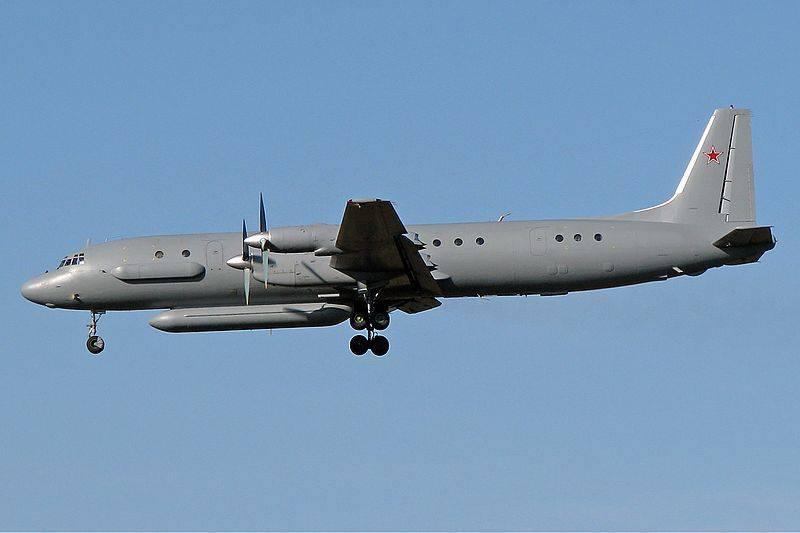 """¿Qué hizo el avión de reconocimiento ruso en la frontera turca? (""""Yeni Safak"""", Turquía)"""