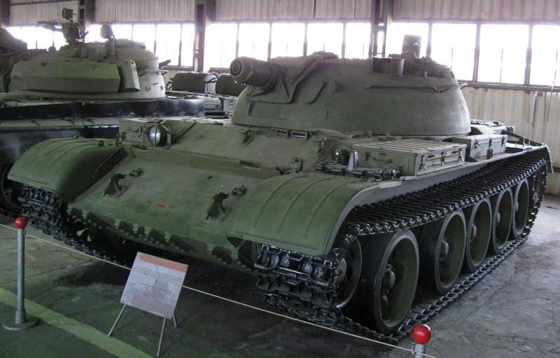 Sovyetler Birliği'nin en yeni alev makinası tankları