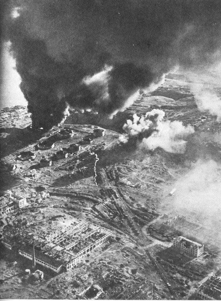 Schlacht um Stalingrad (Juli 1942 - Februar 1943) mit den Augen deutscher Fotografen