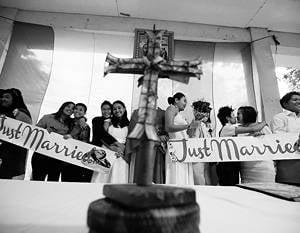"""""""वेटिकन ईसाई मूल्यों को मिटा देता है"""""""