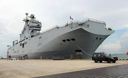 """Frankreich wird die Technologie von """"Mistral"""" bei der Bestellung von zwei weiteren Schiffen nach Russland transferieren"""