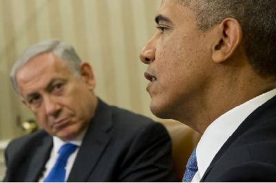 美国:以色列。 交配两个动作