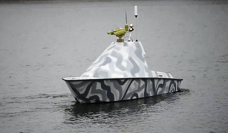 बेलारूस में, एक नौसैनिक युद्ध ड्रोन नाव प्रस्तुत किया