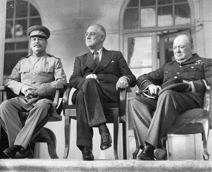 斯大林在德黑兰会议上的胜利