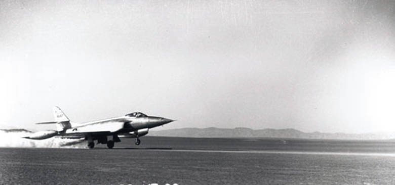 American experienced fighter Lockheed XF-90