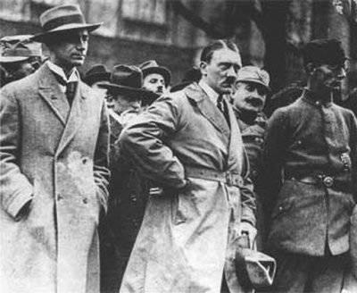 """Союз Гитлера и Троцкого. 90 лет """"мировой революции"""""""