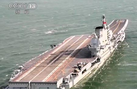 중국 항공 모함은 대련과 상하이에 지어 질 것입니다.