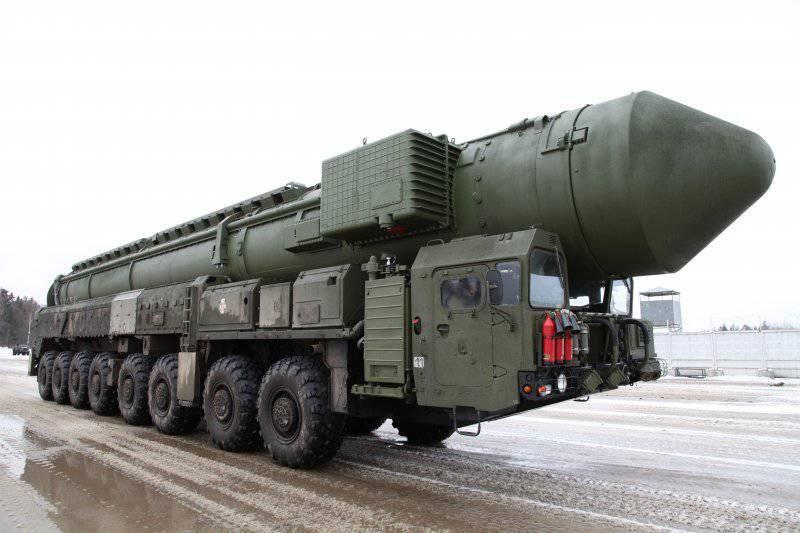 दिसंबर 17 - सामरिक मिसाइल बल दिवस