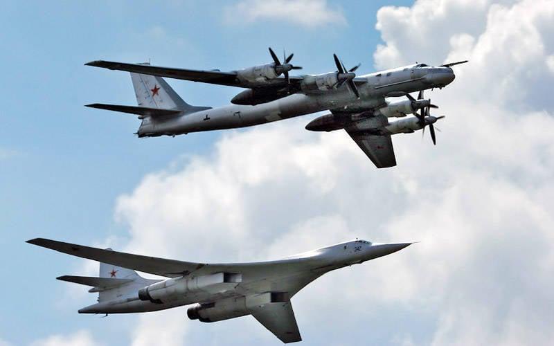 दिसंबर 23 - रूसी वायु सेना लंबी दूरी की विमानन दिवस