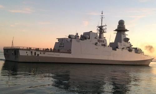 """Frigate """"Virginia Fazan""""클래스 FREMM이 이탈리아 해군으로 이관 됨."""