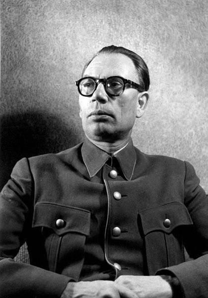 Кто и в чём разглядел патриотизм генерала Власова? Часть вторая