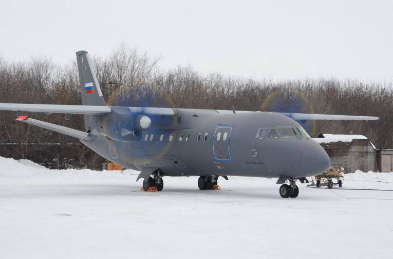 77-Flugzeuge und mehr 100-Hubschrauber im 2013-Jahr!