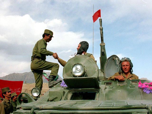 """Ce qui a mis fin à la campagne au pouvoir des généraux militaires, des """"Afghans"""""""