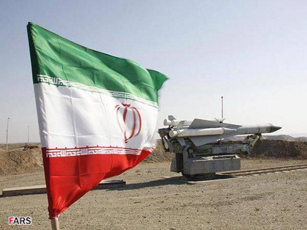 伊朗武装部队现代化苏联C-200防空系统