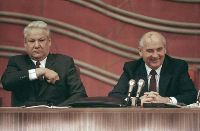 Zar russi: vista da ovest. Parte V: Gorbachev e Eltsin