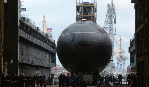 """潜水艇每年? 为黑海舰队建造柴电潜艇""""Varshavyanka"""""""