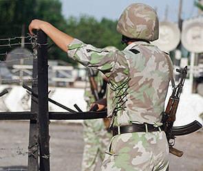 """Frontière de l'Union. Pour le kirghiz-tadjik, """"des affrontements dans l'enclave"""" - le prix de l'héroïne à Moscou"""