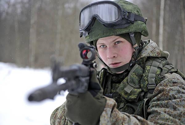 プスコフ空tro部隊は、機器「戦士」のテストを開始しました