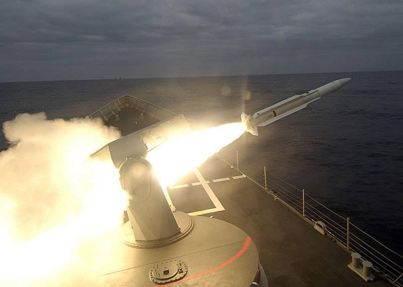 Зенитной ракетой — по кораблям!