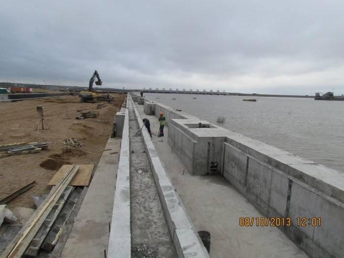 建设俄罗斯海港