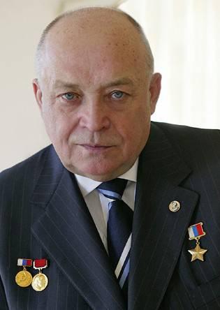 「ワニ」の総称。 ロシアの英雄Sergey Mikheevと彼のヘリコプターは難しい運命を