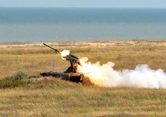 동방 군대의 방공군과 항공은 대규모 훈련을 준비하고있다.