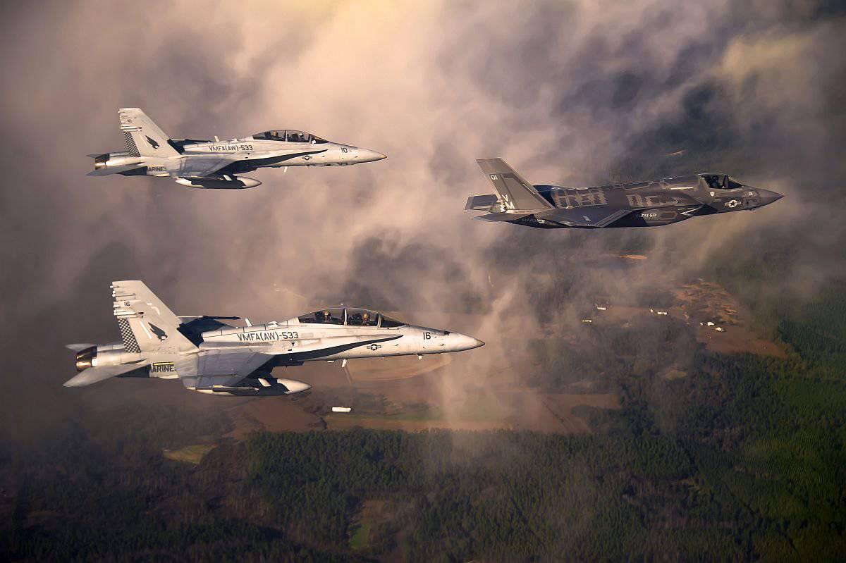 Обои взлетная, истребитель, Самолёт, полоса, мощь, тень, фотографа. Авиация foto 19