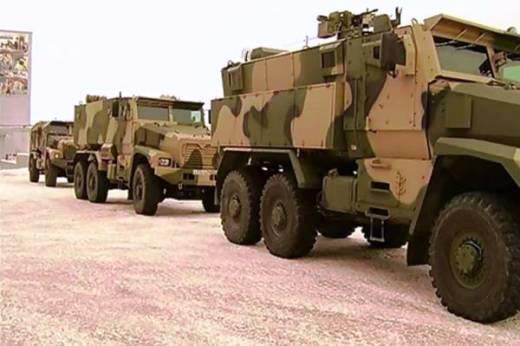在Miass生产了第一批飞行员用的台风U型装甲车