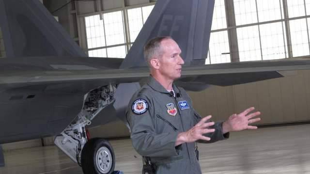 I computer di bordo F-22 sono completamente obsoleti - Generale dell'Aeronautica statunitense