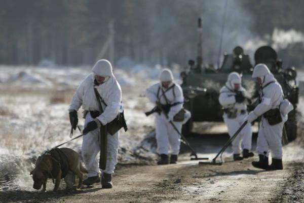 装甲は爆発から救うでしょう。 サッパーは新しい保護手段を受け取る