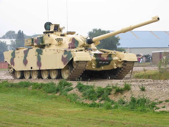 이란, 샤리아가 주문한 탱크에 대해 영국으로부터 돈을 요구한다.