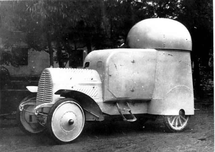 Os primeiros carros blindados da Áustria-Hungria
