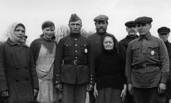 """""""República Zuev"""" en el territorio de Bielorrusia ocupada en 1941-1944"""