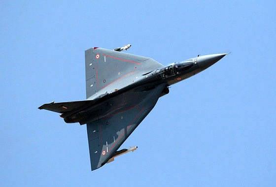 """印度国防部向议会报告了LCA""""Tejas""""计划的费用"""