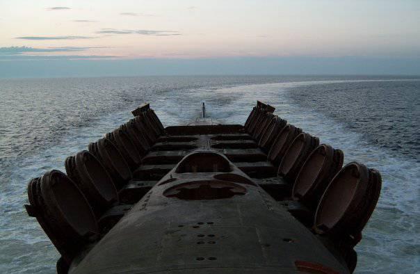 Je ruhiger der Hafen ist, desto mehr bewegen sich die U-Boote