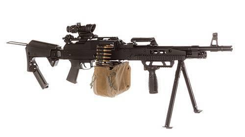 2015から、ポーランド軍は機関銃UKM-2000Mを受け取ります