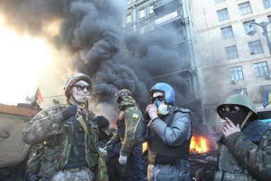 アメリカとEUはウクライナのロシア人をVOリバティの手で破壊する準備をしている